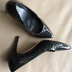 "Amalfi patent leather 3.5""heels, like new"
